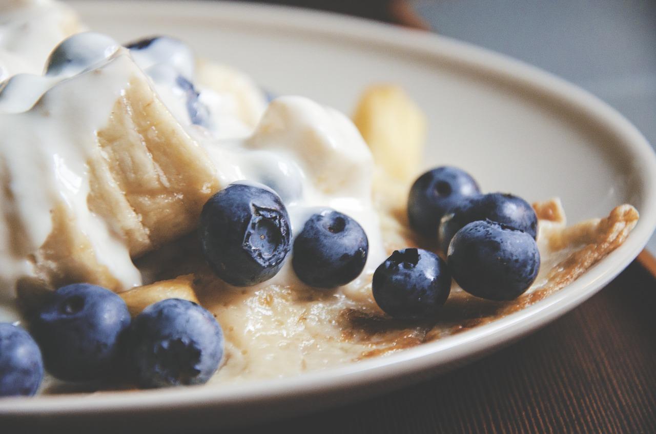 blueberries-919029_1280