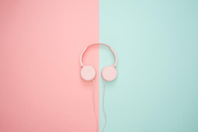 headphones-3435888_640.jpg